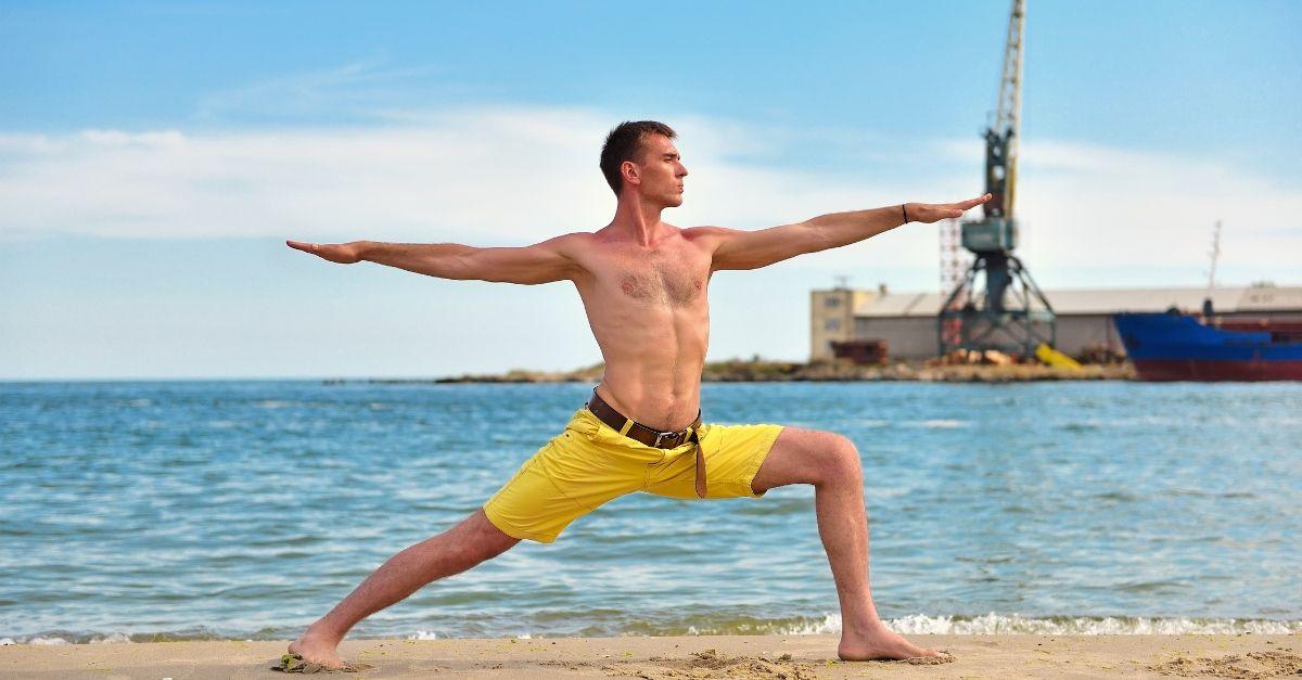 Un corso di yoga per gli scaricatori del porto di Trieste: Gabriele ci spiega perchè