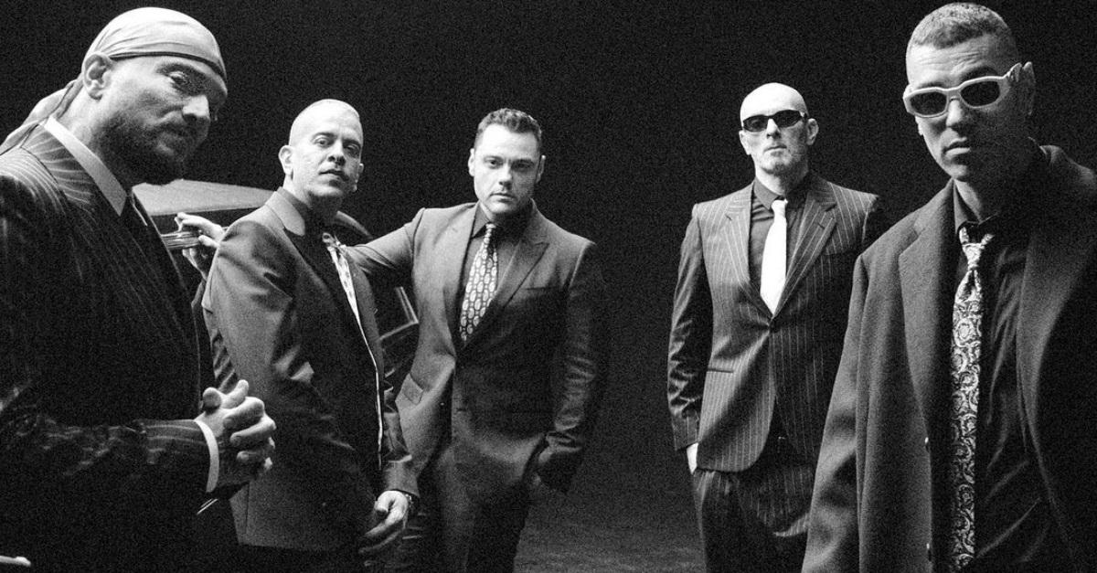 """Sottotono: nel nuovo album """"Originali"""" con Tormento e Big Fish torna Tiziano Ferro"""