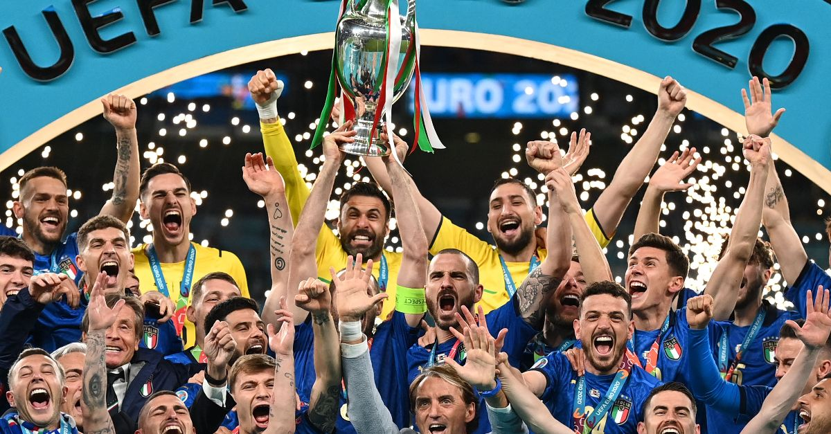 L'Italia vince Euro 2020 ai rigori: i campioni dell'Europa siamo noi