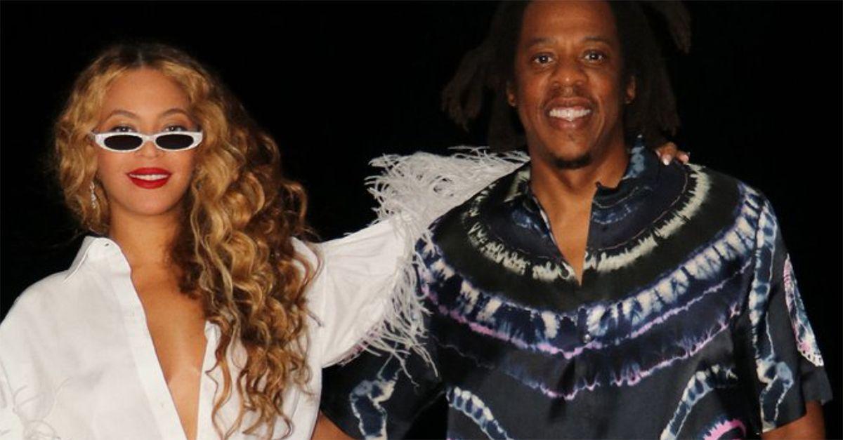Beyoncé a Capri: la passeggiata in piazzetta con Jay-Z (e il saluto in italiano)