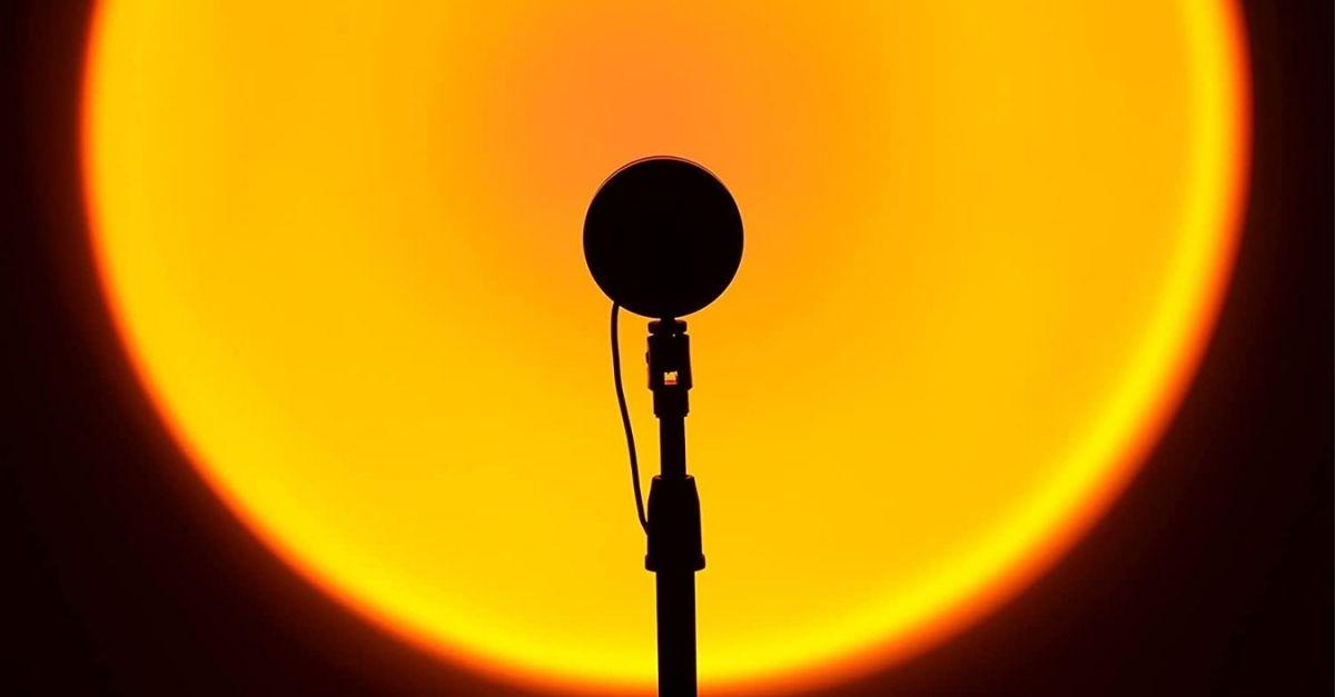 La lampada che simula il tramonto in casa