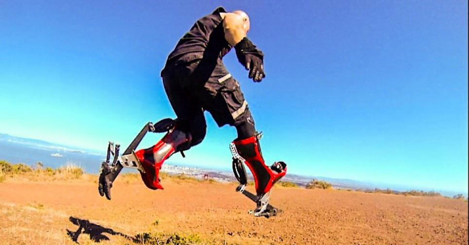Correre a 40 km/h? Si può: ecco gli stivali bionici che vi renderanno velocissimi