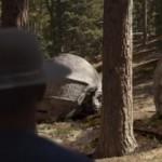 "Monoliti in stile Daft Punk nel nuovo video di Pharrell: i 10 momenti top di ""Gust Of Wind"""