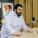 Antonino Cannavacciuolo a Deejay chiama Italia