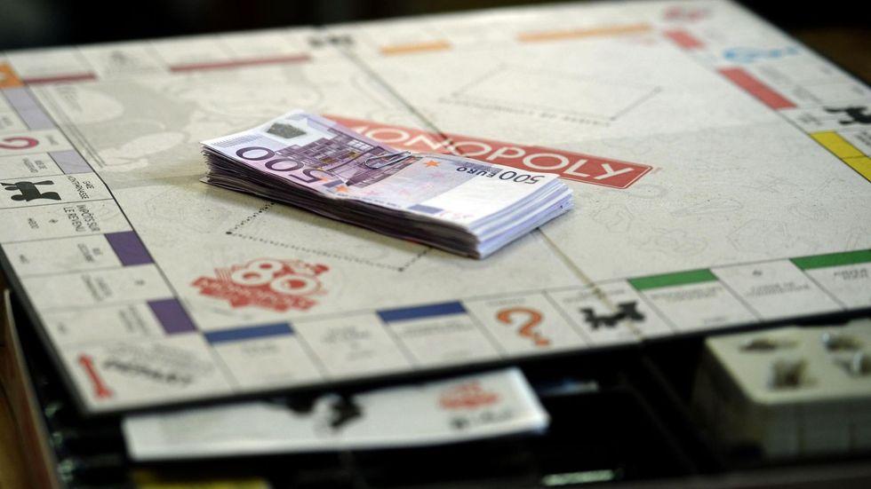 Soldi veri nelle scatole del Monopoly: il gioco compie 80 anni e fa il regalo a voi