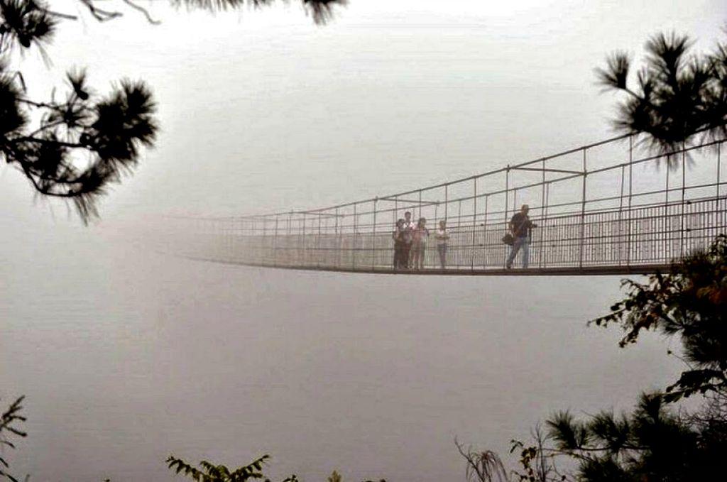 foto ponte di vetro in cina
