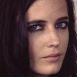 Eva Green nel nuovo film di Tim Burton, le prime immagini