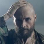 Jovanotti rasato: cambio di look per il nuovo video