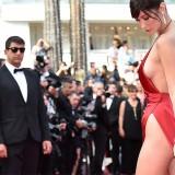 Bella Hadid a Cannes, quando la stoffa non basta