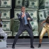 """George Clooney a Cannes: """"Quella volta che Berlusconi mi mise in mezzo al bunga bunga"""""""