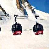 Cabinovia si blocca sul Monte Bianco ad oltre 3000 metri con 110 persone a bordo: tutte salve