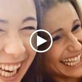 """Michelle Hunziker e Aurora Ramazzotti alla ricerca del selfie perfetto: """"Non sapevi che tuo padre era Asiatico?"""""""
