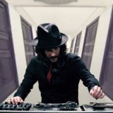 Mix dell'orrore in vinile: la colonna sonora per Halloween di Dj Aladyn
