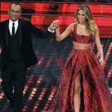 Diletta Leotta principessa a Sanremo: vestita di rosso contro il cyber bullismo