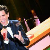 Mika a Sanremo: dall'entrata con imprevisto al tributo a George Michael