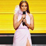 """Grammys, Jennifer Lopez fa appello a tutti gli artisti: """"È il momento di farci sentire"""""""