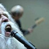 """La rivincita della terza età in """"Run"""", il nuovo video dei Foo Fighters"""