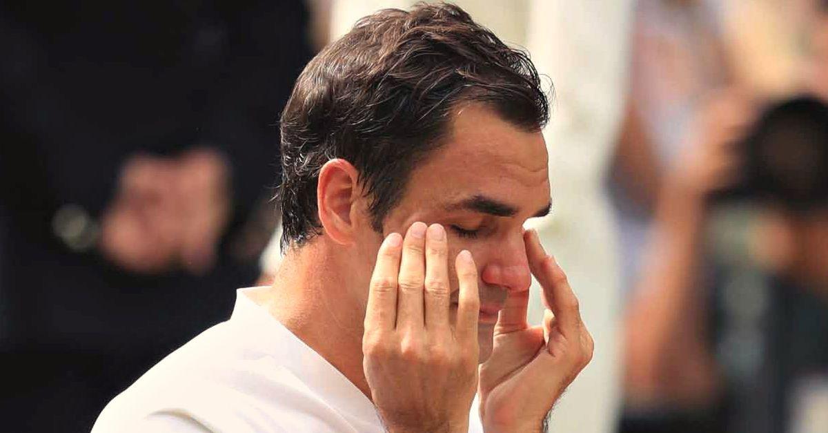 Roger Federer Re di Wimbledon: le lacrime di gioia quando incrocia lo sguardo dei quattro figli