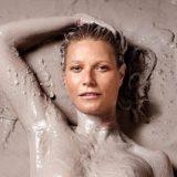 Dopo l'elogio del sesso anale, Gwyneth Paltrow nuda e nel fango per promuovere il suo magazine