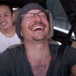 """Linkin Park, il karaoke di Chester sette giorni prima di morire. I fan: """"sembra sereno"""""""