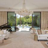 Los Angeles. Adam Levine vende casa: 5 bagni, piscina a forma di quadrifoglio e 9 mila metri quadrati. Costo 18 milioni di dollari