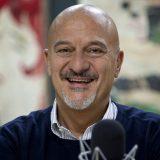 """Gli Sdraiati sbarcano al cinema. Claudio Bisio a DJCI: """"Il commento di mio figlio al film, Pa' ci sta!"""""""