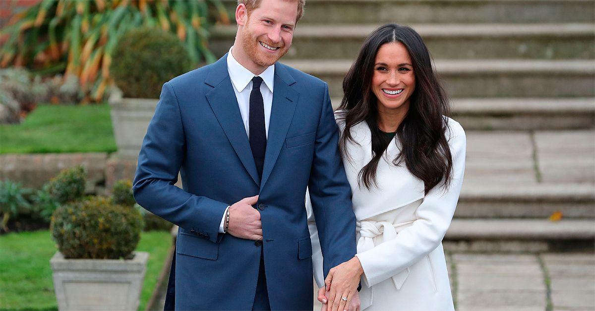 Londra. Harry e Meghan Markle, le prime foto ufficiali (con l'anello)
