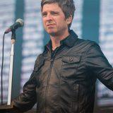 Noel Gallagher oggi in diretta a Tropical Pizza con Nikki