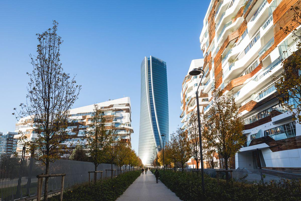 tra luci e grattacieli inaugura a milano 39 citylife