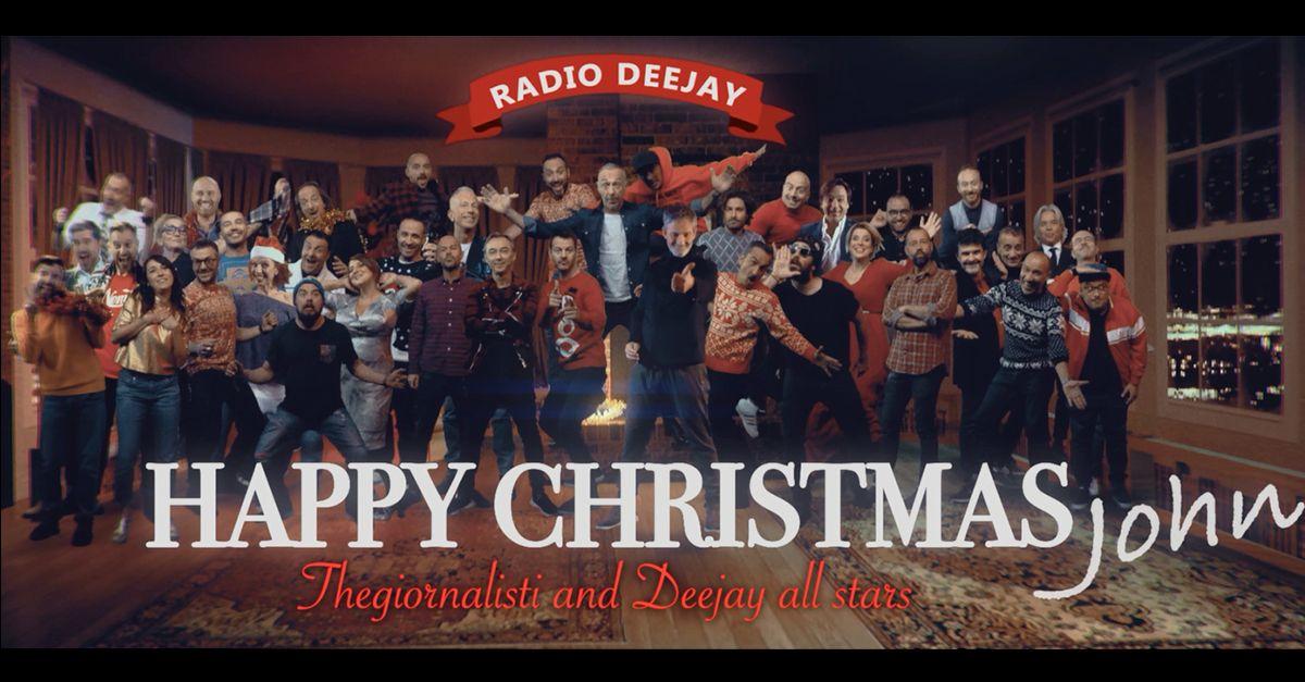 """Canzone di Natale 2017 di Radio DEEJAY: """"Happy Christmas John"""" coi Thegiornalisti"""