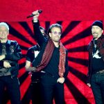 U2, l'album debutta al N 1 per l'ottava volta in 4 decenni: come loro nessuno mai