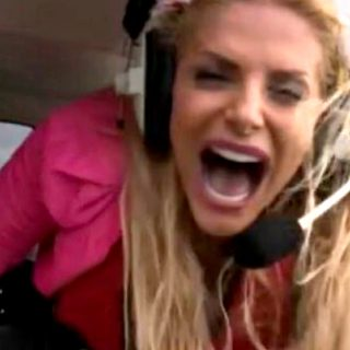 Francesca Cipriani sull'elicottero: il primo momento trash