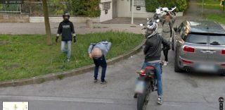Padova, abbassa i pantaloni davanti alla Google Car: ora le chiappe sono su Street View