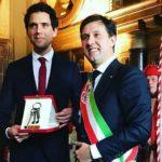 Mika diventa sindaco onorario di Firenze: la consegna della Chiavi della città