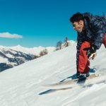 Sulla neve di Pila con la tavola da surf: Francisco Porcella al DEEJAY Xmasters Winter Tour