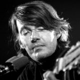 Fabrizio De André canta la trap: le cover di Ghali, Sfera e Dark Polo Gang con la voce di Faber