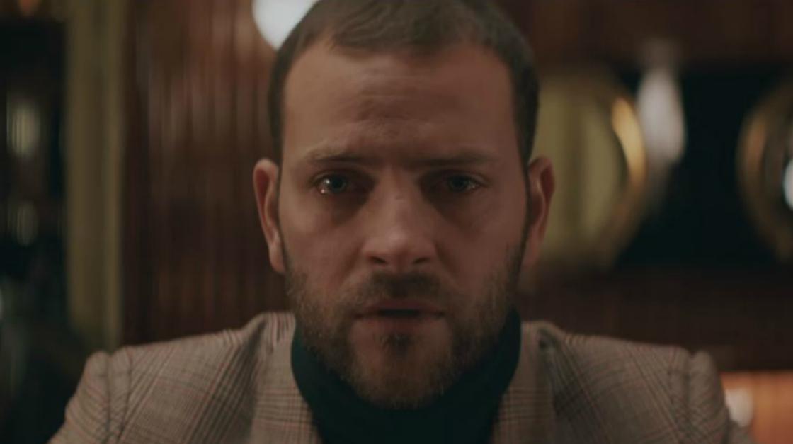 """Alessandro Borghi protagonista del nuovo video dei TheGiornalisti: """"Questa nostra stupida canzone d'amore"""""""