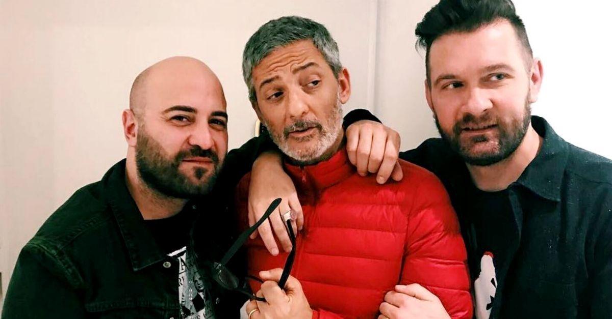 """I Negramaro e Fiorello cantano dal vivo """"Andiamo a Comandare"""" di Rovazzi"""
