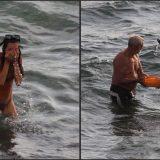 Turista partorisce nel Mar Rosso: le incredibili immagini diventano virali