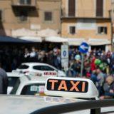 Formula E a Roma: la gara vista con l'umorismo dei tassisti