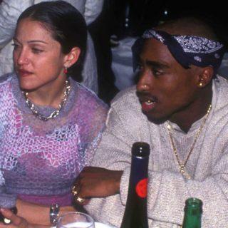 All'asta la lettera con cui Tupac lasciò Madonna