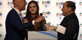"""Aosta, la gaffe di Berlusoni """"Preferisco lei"""", ma è la figlia del coordinatore di Forza Italia"""