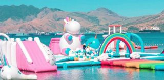 L'isola degli unicorni gonfiabili è il posto perfetto per la tua estate magica