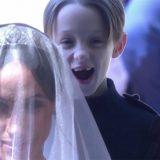 """Royal wedding, chi è il simpatico paggetto """"sdentato"""" che accompagna Meghan"""