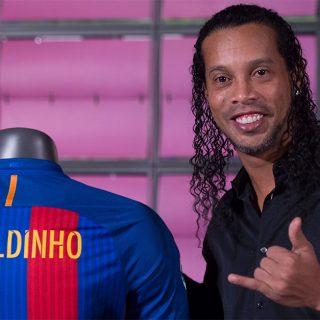 Ronaldinho smentisce le nozze a tre, non sposerà le fidanzate