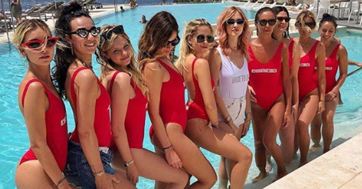 Chiara Ferragni, l'addio al nubilato (con i capelli rosa) è a Ibiza
