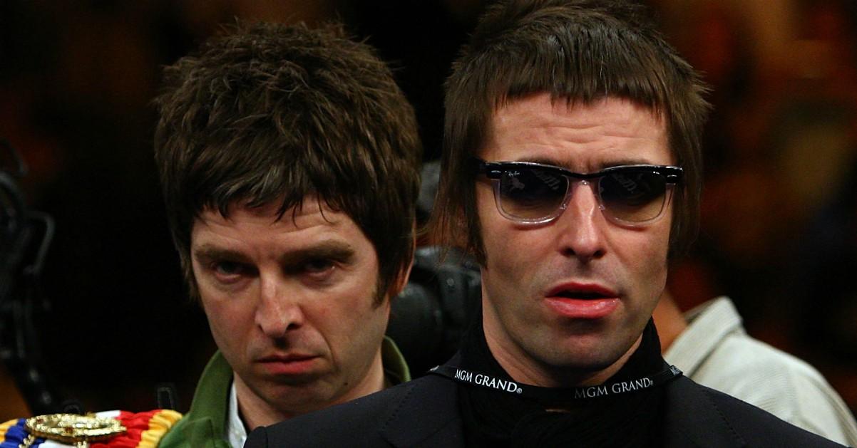"""""""Noel, ti perdono. Rimettiamo insieme gli Oasis"""". Appello di Liam Gallagher su Twitter"""