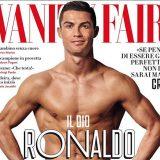 'Amo quando le persone mi deridono' Cristiano Ronaldo in mutande sulla cover di Vanity Fair