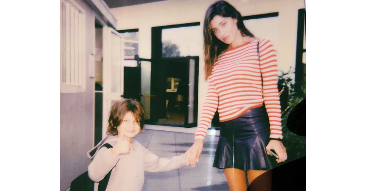 Belen e Stefano De Martino insieme: accompagnano Santiago al suo primo giorno di scuola