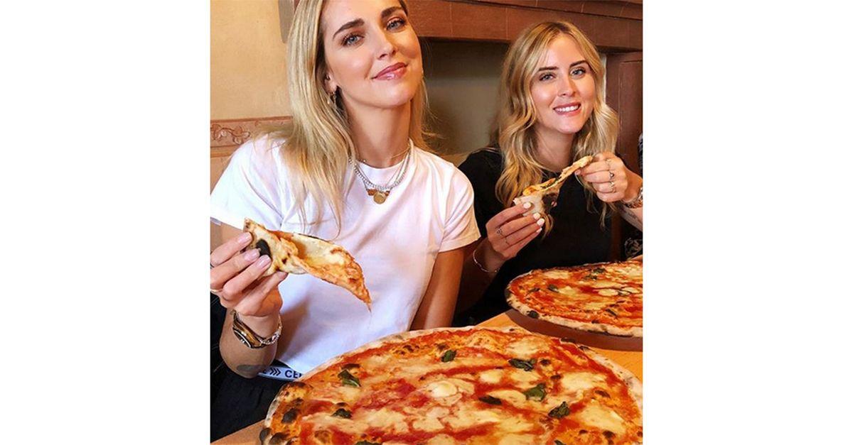 C'è un problema nella foto di Chiara Ferragni che mangia la pizza con la sorella Valentina